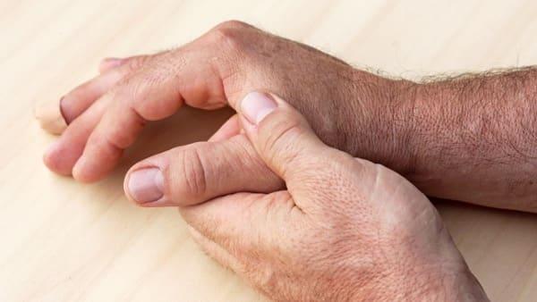 rhizarthrose maladie professionnelle docteur thomas waitzenegger chirurgien orthopediste epaule paris chirurgien orthopediste main paris